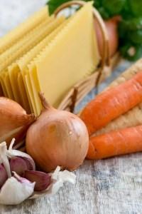 Ingredienser til lasagnesuppe