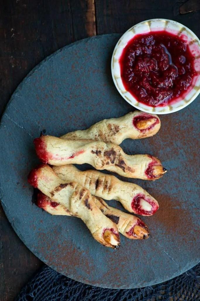 Halloween småkager: heksefingre