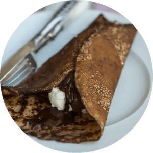 Opskrift på lækre pandekager med chokoladesovs
