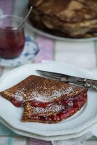 Opskrift på de bedste pandekager. Masser af tips og tricks til skønne nemme pandekager fra Marinas Mad