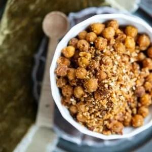 Marinas opskrift på sprødristede kikærter med dukkah