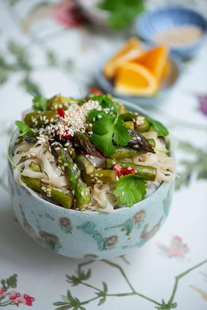 Opskrift på nudler med asparges