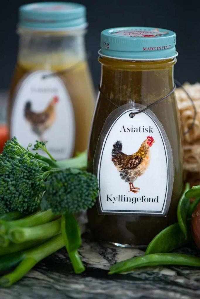 Asiatisk kyllingefond til suppe