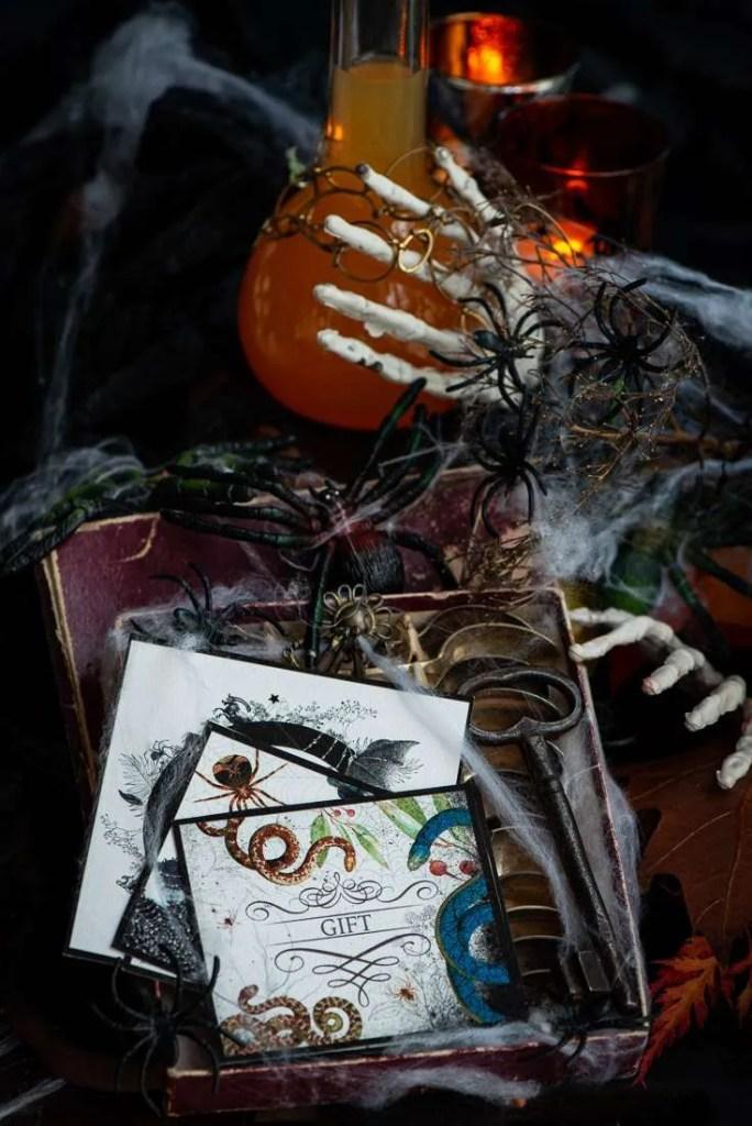 Gratis etiketter der kan udskrives til Halloween