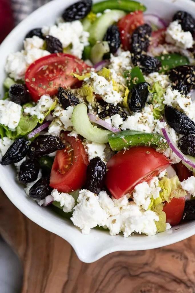 Blandet græsk salat