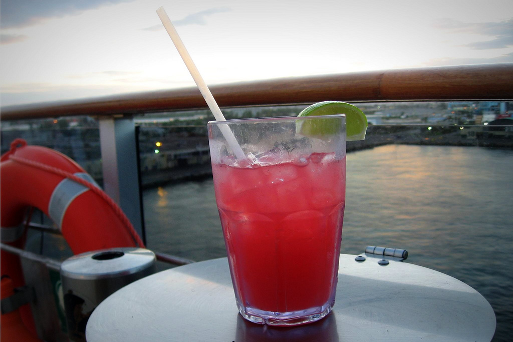 Caribbean Sunset Mocktail | Photo Courtesy of Wendy Berry Flickr