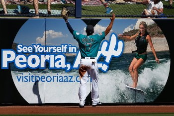 PEORIA, AZ - MARCH 10: Outfielder Stefen Romero #17 of the Seattle Mariners reacts to a ground rule double during the second inning of the spring training game against the Chicago Cubs at Peoria Stadium on March 10, 2016 in Peoria, Arizona. (Photo by Christian Petersen/Getty Images)
