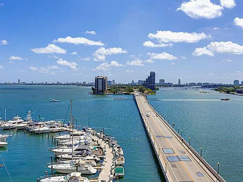 555 NE 15 ST Unit 19-H Downtown Miami FL $1,700 (RENTED)