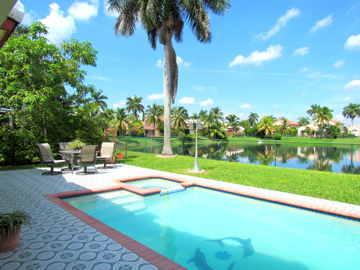 16095 SW 85 ST Kendall FL (SOLD)