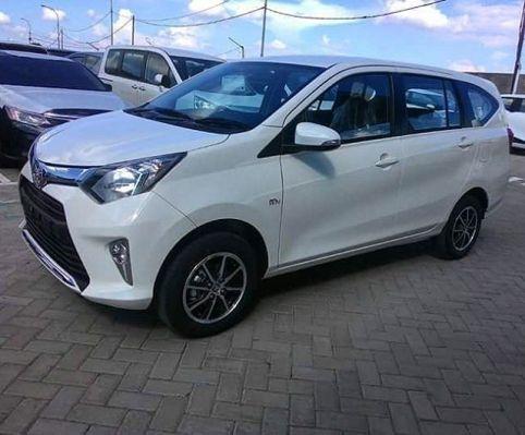 Ini dia Toyota Calya Warna Putih tampil elegant dan