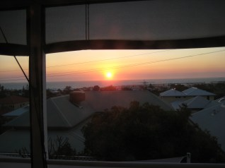 de prachtige zonsondergang vanuit Vincent & Anne's