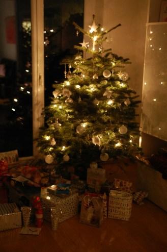stampinup_muenchen_weihnachtsbaum-silber-weiss