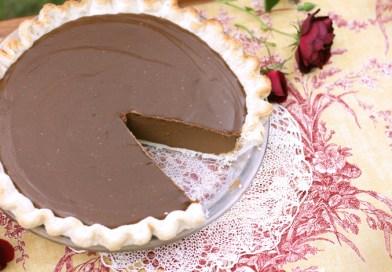Tarta de Crema de Chocolate con Aguacate y Leche de Coco
