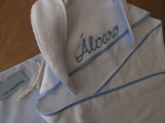 toalla con capucha de conejo