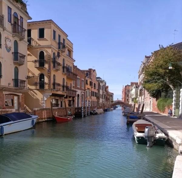 Canale di San Vio, a fianco Bottega Cini dorsoduro