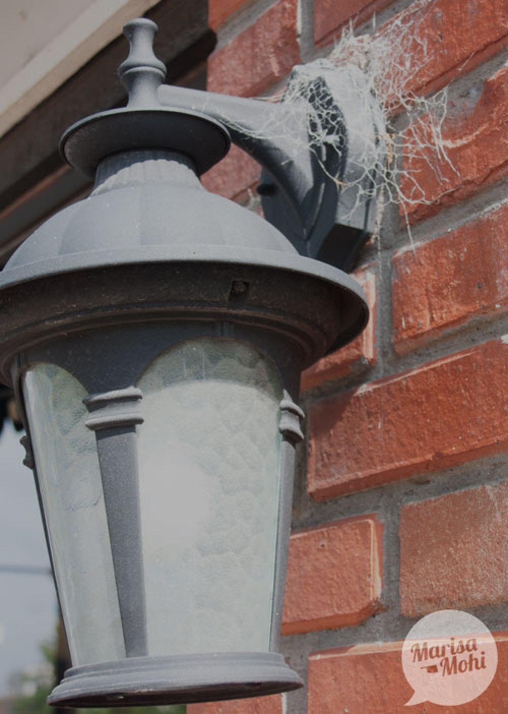 cobwebs-and-lantern