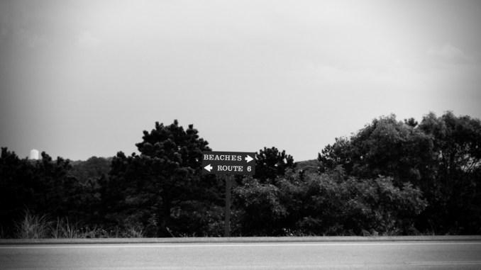 life-of-pix-free-stock-photos-Beach-Blackandwhite-road-road-sign-1440×960