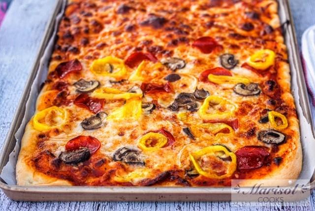 Easiest Homemade Pizza