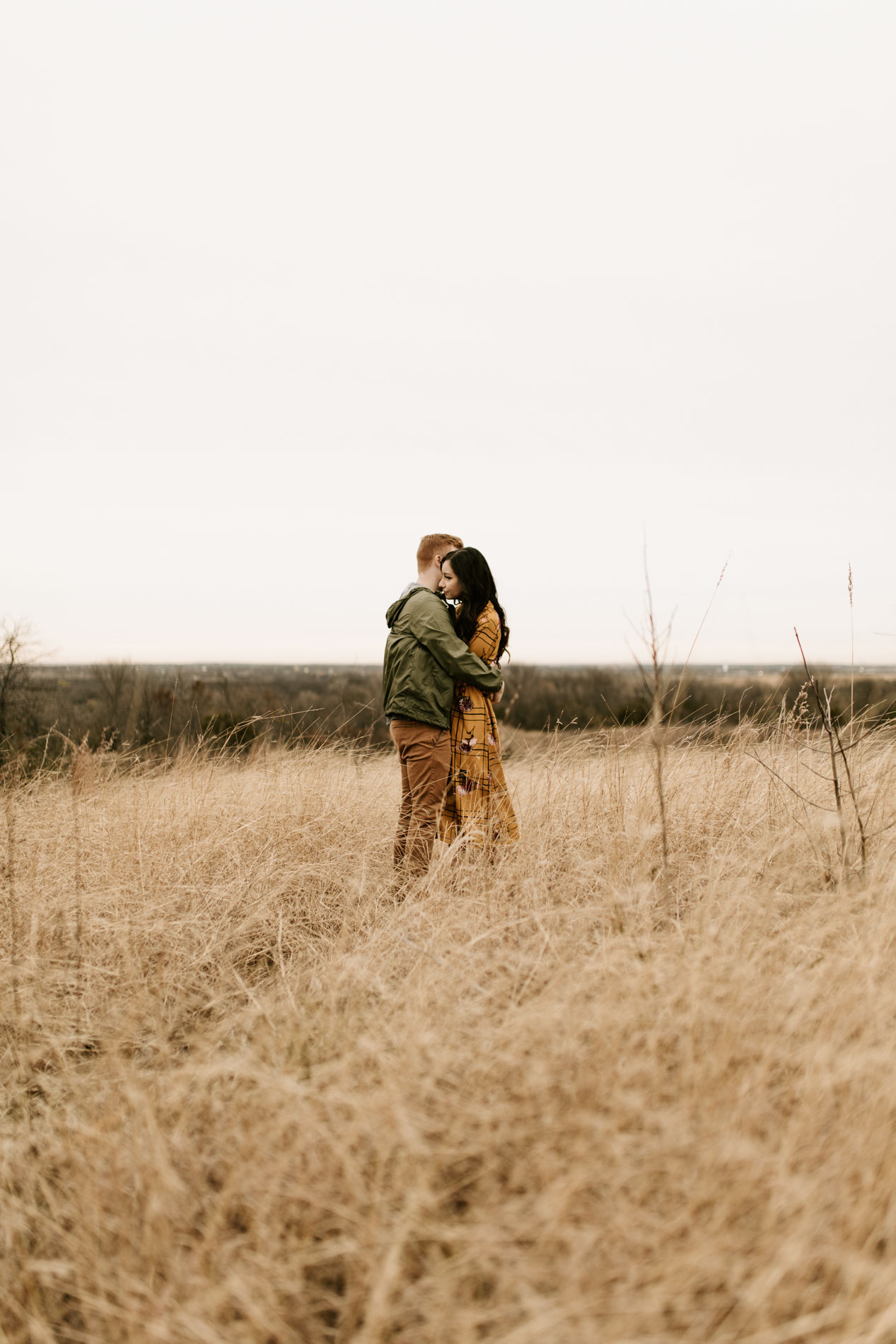 couples photo in Tandy hills natural area