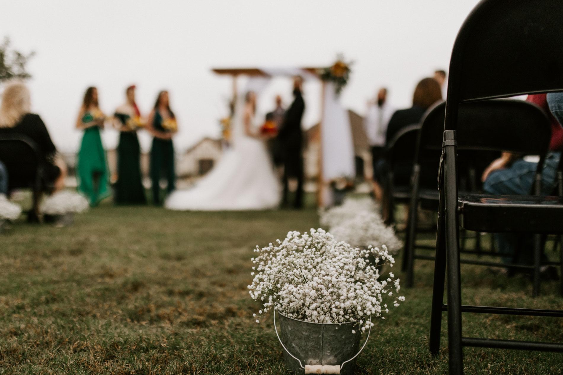 wedding day details outdoor elopement