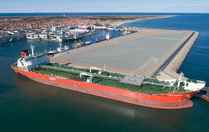 Flotte fotos: Stor aktivitet og gigantisk besøg præger Skagen Havn