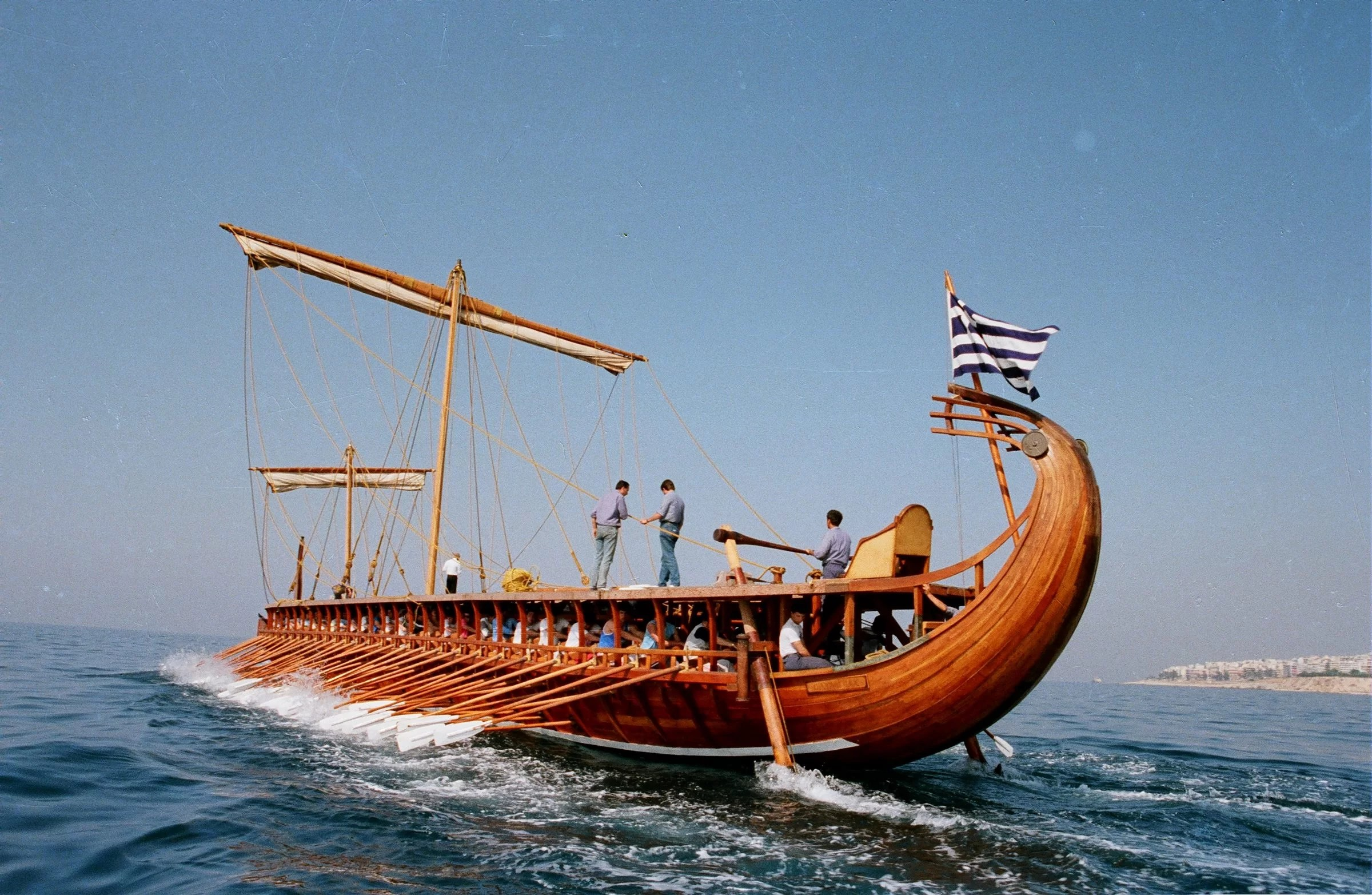 trireme olympias the reconstructed trireme  [ 2400 x 1565 Pixel ]