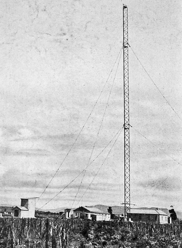 The North Auckland high-power wireless station completed: The 400ft mast and main buildings of the Awanui Station.
