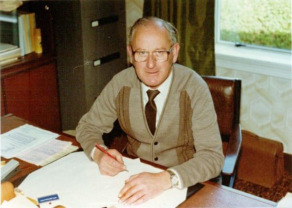P Joe Collett, Manager of Awarua Radio 9 Oct 1981 – 3 May 1985