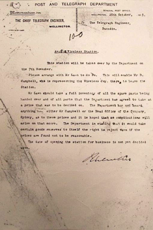 1913 Post & Telegraph Dept memo regarding the taking over of Awarua Radio