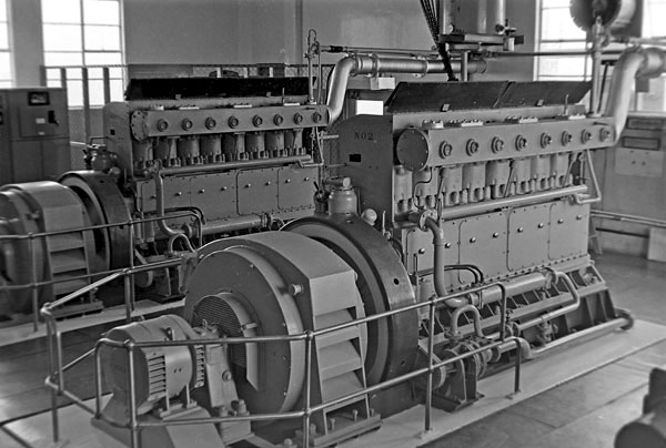 The big Mirrlees diesel engines and their alternators in 1974