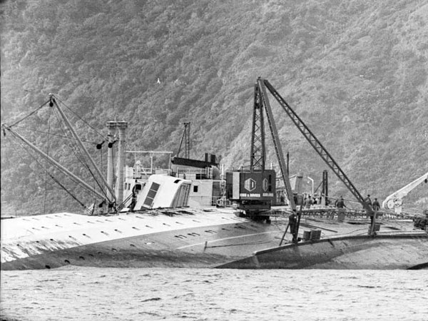 Crane positioned on the hull of Wahine