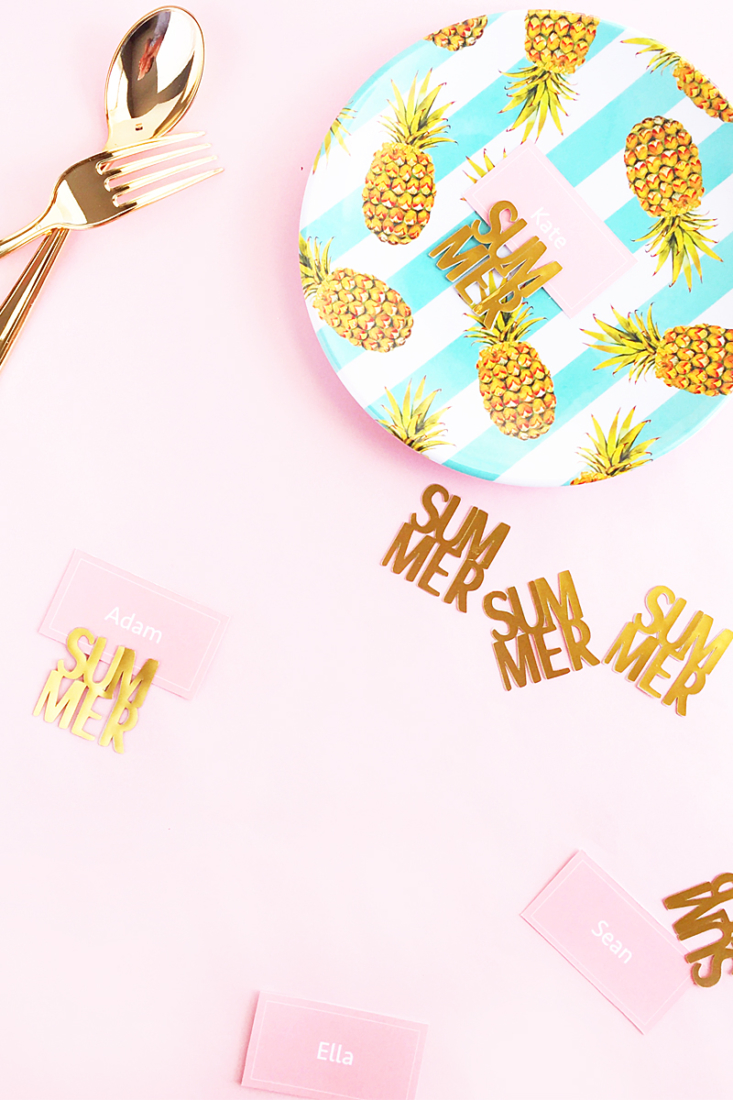 DIY Gold Summer Place Card Holders - Maritza Lisa - make these pretty place card holders for your next party with gold foil! Click through for the Tutorial!