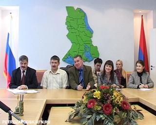 Делегаты съезда у главы Карелии
