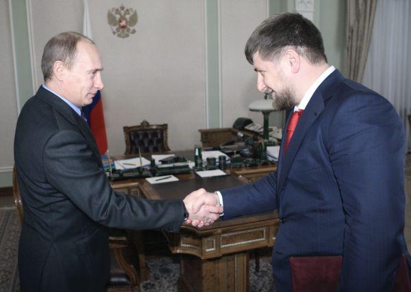 Владимир Путин и Рамазан Кадыров. Фото: balsas.lt