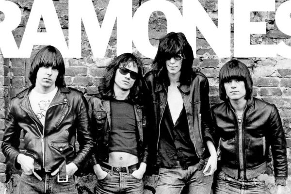 Cover album pertama The Ramones