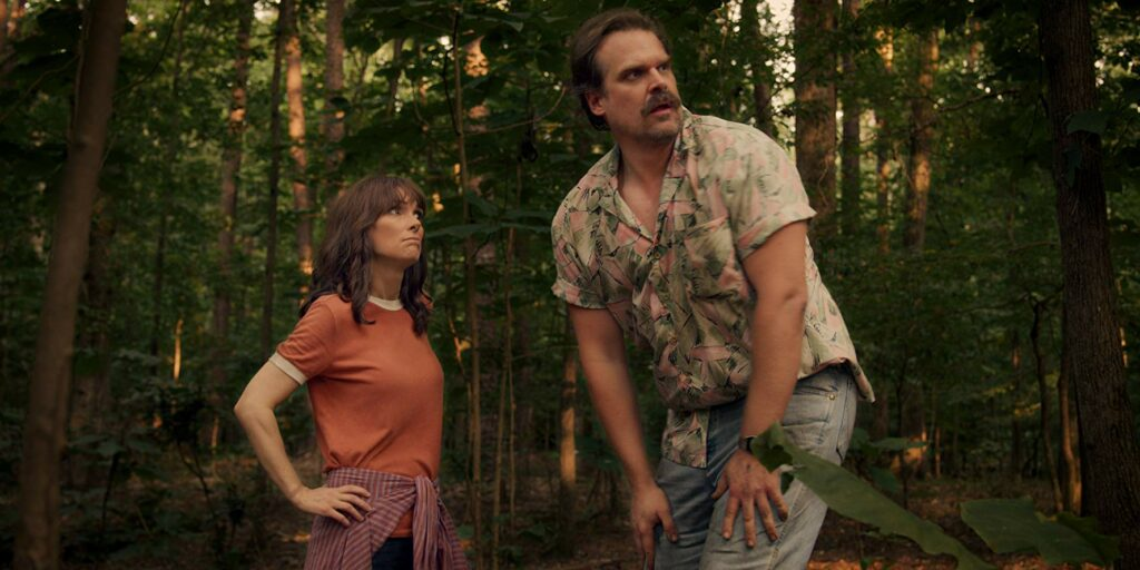 Winona Ryder dan David Harbour