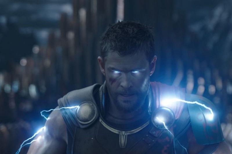 Chris Hemsworth kembali dalam Thor 4