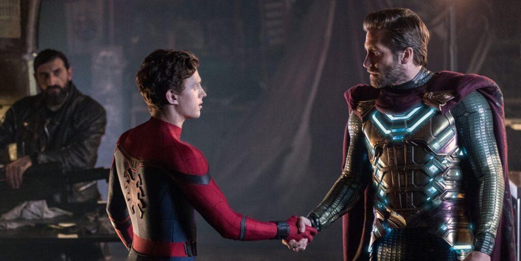 Peter Parker dan Mysterio masih hidup