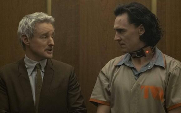 Loki dan Mobius di serial Loki episode 1