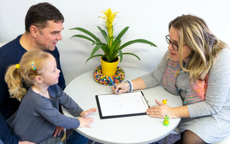Working with parents of looked after children key tips for social workers