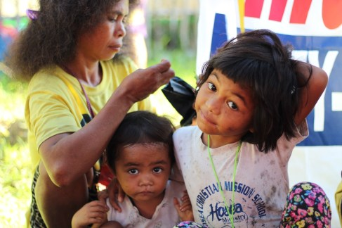 These children gamely posed for our camera. (Photo Mark Ambay III)