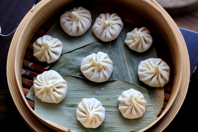 xiao long bao - foodie- china trip - blog - blogger- food blog - travel blog- dumplings- china