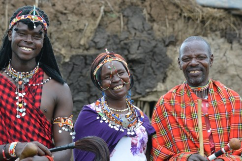 Maasai family - Nairobi Kenya - One Horizon - travel blogger