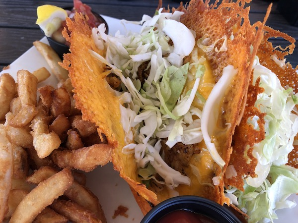 The Ugly Grouper - Anna Maria Island - grouper taco - grouper - cheese skirt - blackened grouper - food blog