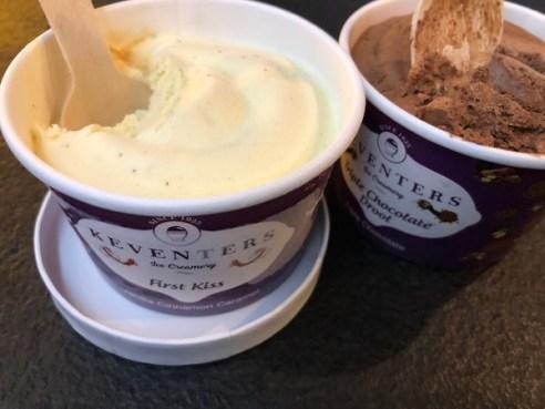 Epicuria Food Court - Nehru Place - New Delhi - Keventers Ice Cream - Vanilla Ice Cream - Chocolate ice cream