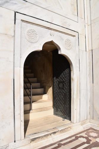 Mark and Chuck's Adventures - India trip - Taj Mahal - entrance to tomb at the Taj Mahal - doorway - Agra