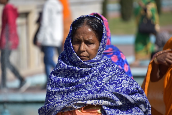 Mark and Chuck's Adventures - India trip - Indian Woman - Indian woman in blue wrap - Taj Mahal - Agra