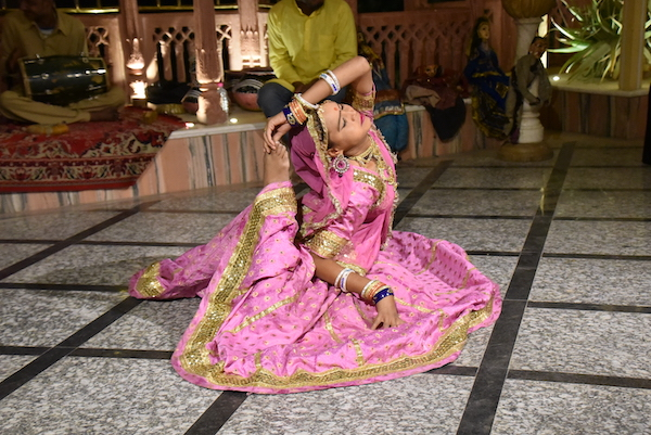 Rajasthani dance- cultural entertainer - Shahpura House - Jaipur