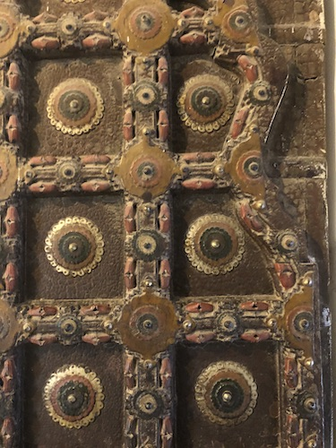 door- decorative door - ornate doors - -Mehrangarh Fort – Jodhpur – Rajasthan – India – India travel blog – traveling in India