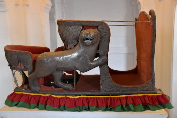 howdah - elephant seat - -Mehrangarh Fort – Jodhpur – Rajasthan – India – India travel blog – traveling in India